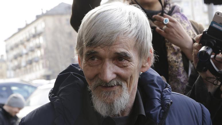 Le Figaro: российского историка сталинизма, обвинённого в педофилии, оправдали — но не до конца