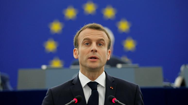 Президент Франции Макрон объявил, что он«ровня Путину»
