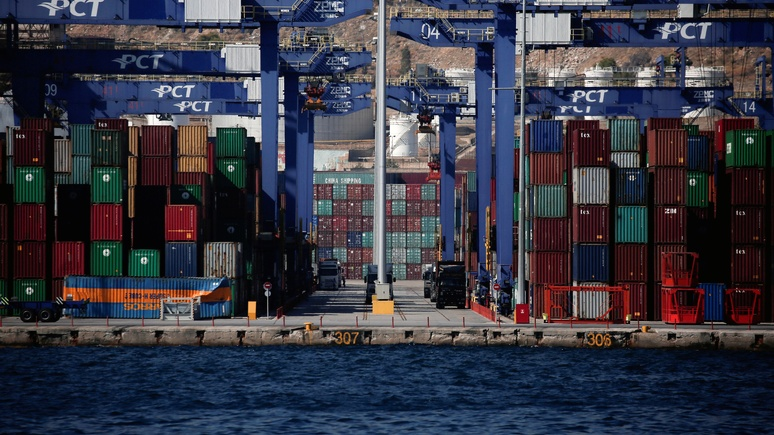 Bloomberg рассказал, как Китай прибирает Европу к рукам