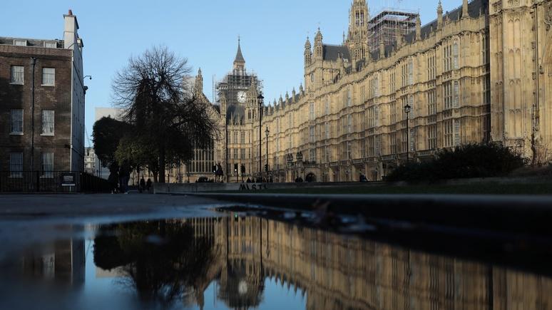 Times: Лондон выведет на чистую воду российских олигархов с грязными деньгами