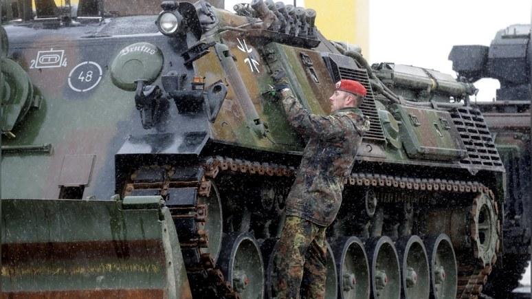 Берлин обвинил Трампа в цинизме за призывы раскошелиться на оборону