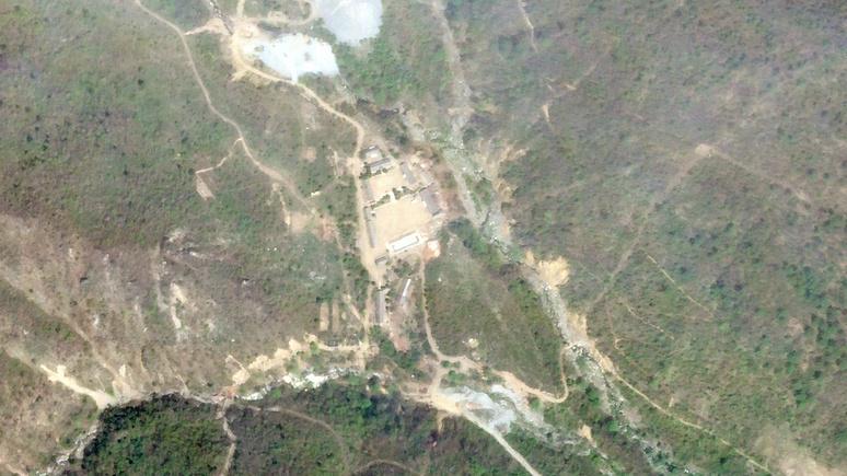Daily Telegraph: уничтожение северокорейского ядерного полигона может оказаться «постановкой»