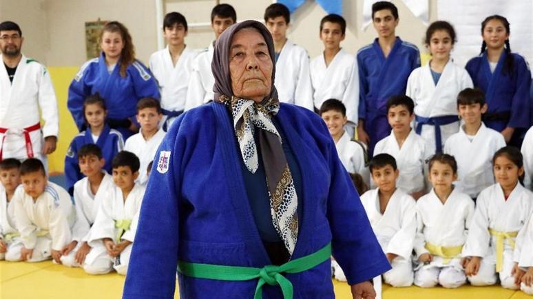 Daily Sabah: турецкая бабушка открыла для себя дзюдо в 80 лет