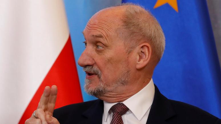 Dziennik.pl: назвав Польшу «бедным родственником Европы», Мачеревич подыграл Путину