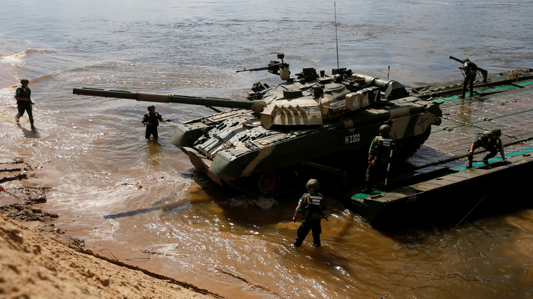 Contra Magazin: не российских танков на Рейне боится Европа
