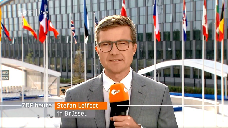 ZDF: на саммите НАТО с тревогой ждут «разрушительного твита» Трампа — ИноТВ