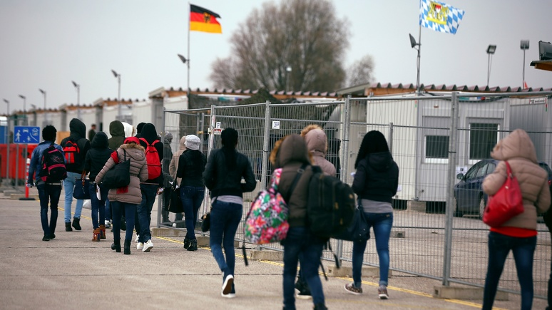 DWN: половина «депортированных» беженцев осталась в Германии