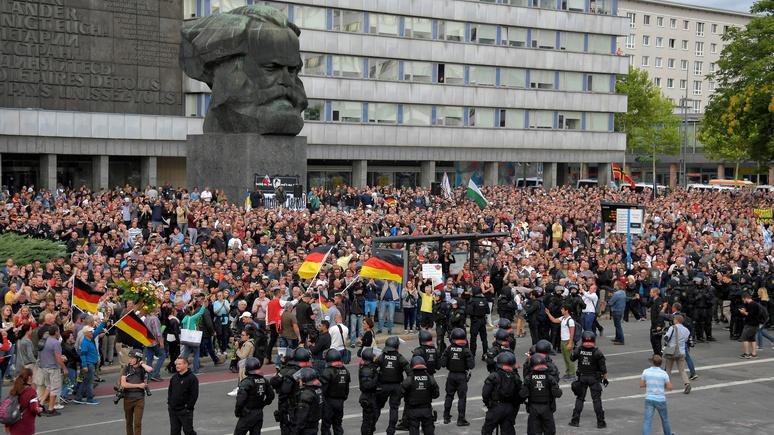 Bild: выводы немецких спецслужб и СМИ о «травле беженцев» в Хемнице не совпали