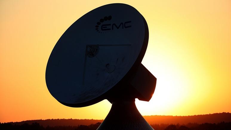 Минобороны Франции: русский  спутник «сбольшими ушами» пытался перехватить тайные  данные