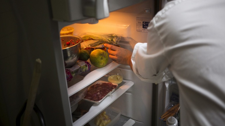 Сам не съел — передай другому: в Финляндии стали популярны общественные холодильники