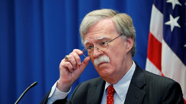 WP: Болтон заявил, что США останутся в Сирии до тех пор, пока оттуда не уйдёт Иран