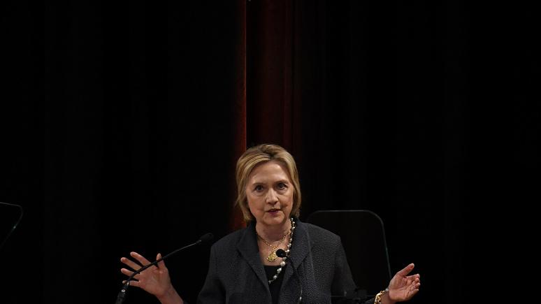 Washington Times: Клинтон лишили доступа к секретной информации