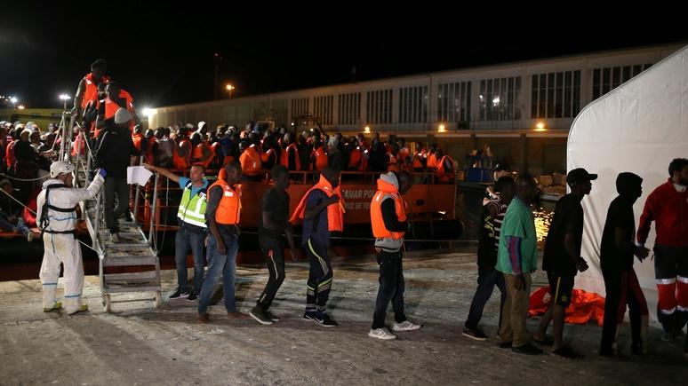 Welt: Испания охладела к мигрантам и просит Марокко их не пропускать — ИноТВ