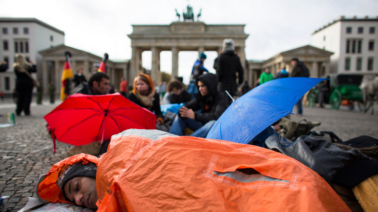 «Лучше умереть в Ираке, чем жить несчастным в Германии»: Welt рассказала, почему беженцы c Ближнего Востока возвращаются домой  — ИноТВ
