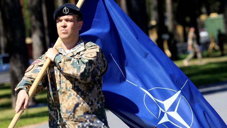 Bloomberg: Европе не нужна своя армия — НАТО и так успешно справляется