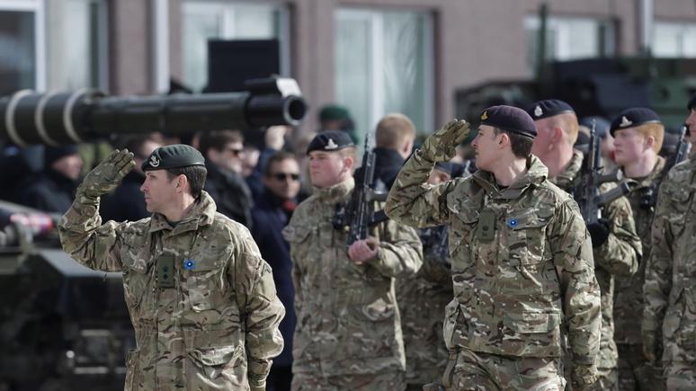 Военные на страже правопорядка и даже бензоколонок: Times рассказала о подготовке к жёсткому брекситу