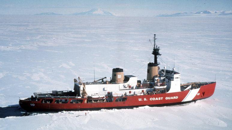 NBC: из-за нехватки ледоколов США уступают России контроль над Арктикой