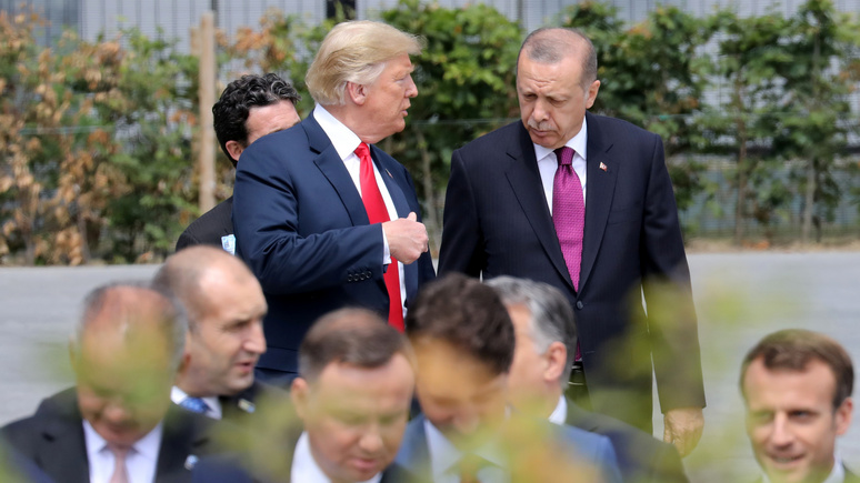 Die Welt: Трамп обменял курдов на турецкие деньги — ИноТВ