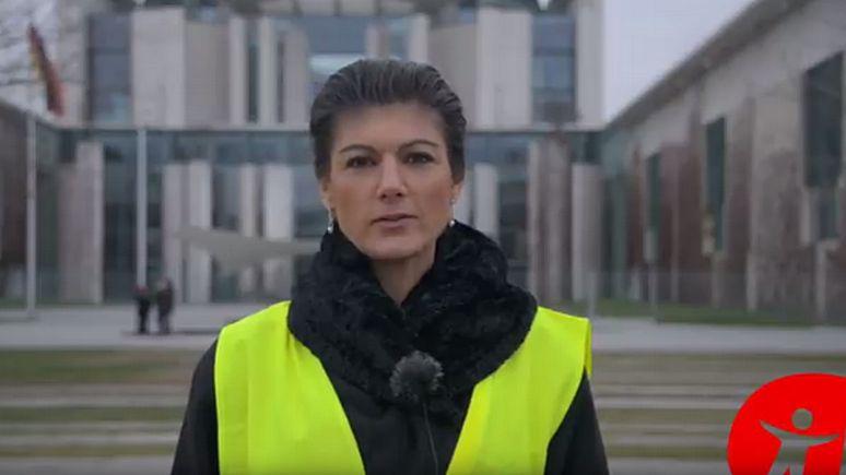 N-TV: лидер левых Германии надела жёлтый жилет и призвала немцев брать пример с французов