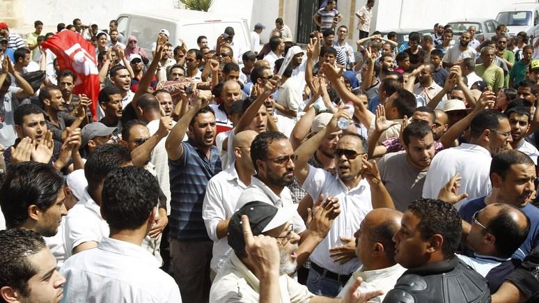 Guardian: Арабская весна закончилась не долгожданными реформами, а хаосом и войной в регионе