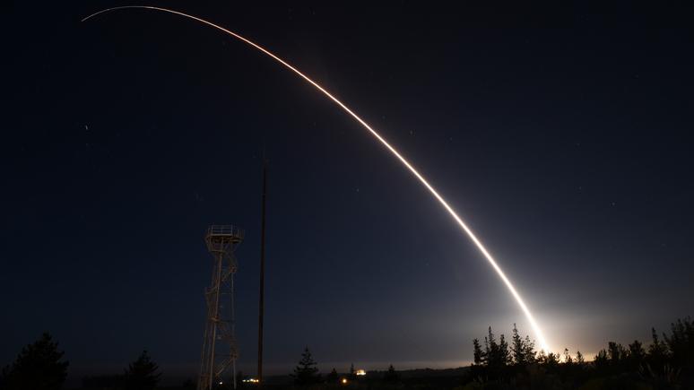 L'Opinion: с расторжением ДРСМД ядерная бомба перестаёт быть оружием сдерживания