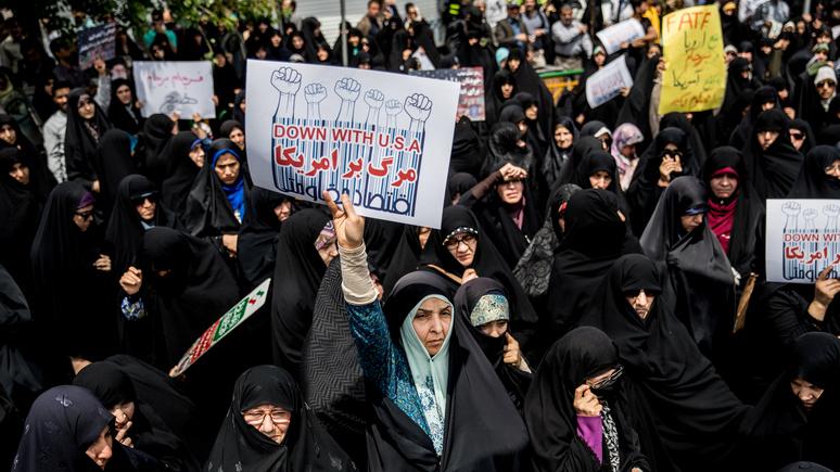 Обозреватель Bloomberg о юбилее иранской революции: надменный нарциссизм Запада сделал «столкновение цивилизаций» неизбежным