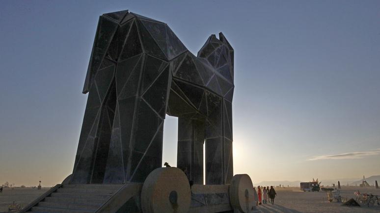 Telepolis: Пентагон готовит «троянского коня» для России и Китая
