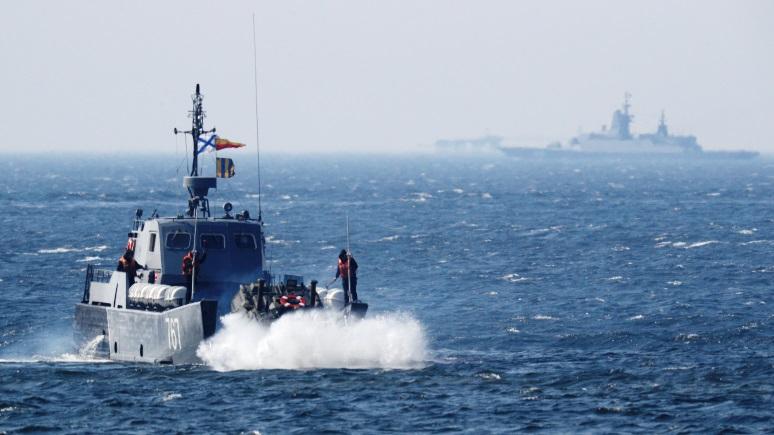 NI: за российскими силами на Балтике надо следить не только в небе, но и на море