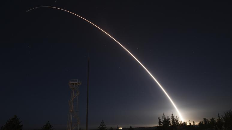Defense One: прикрываясь диалогом с Россией и Китаем, Вашингтон замыслил «убийство» СНВ-III