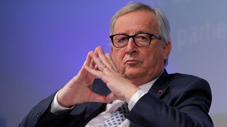 Юнкер: Греция была принята в еврозону в результате фальсификации