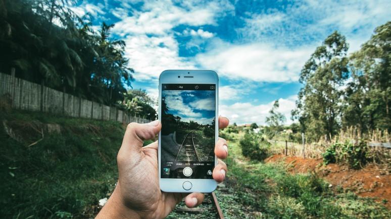 Wired: смартфоны помогают спасти планету, если использовать их разумно