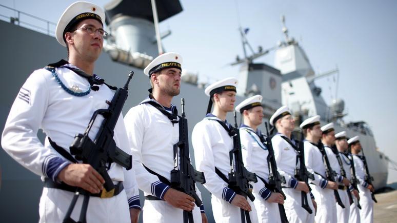 Иран пригрозил, что может задержать любое судно