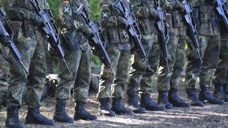 Welt: проблемы с самолётами, танками, оружием — а теперь бундесверу не хватает даже обуви — ИноТВ